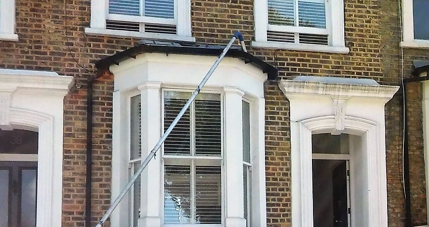 Gutter Cleaning In South London